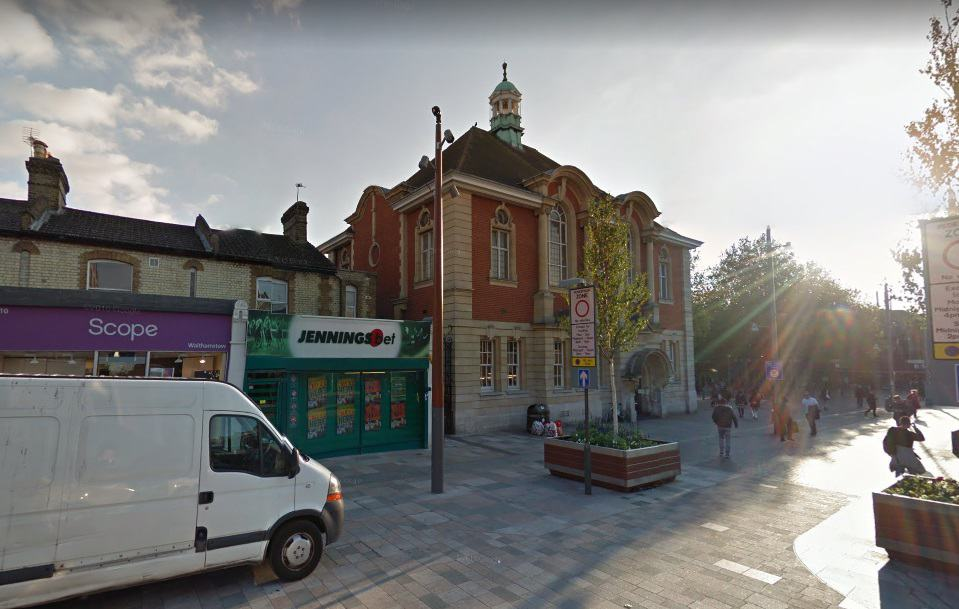 Walthamstow Central Post Office Opening Times Address